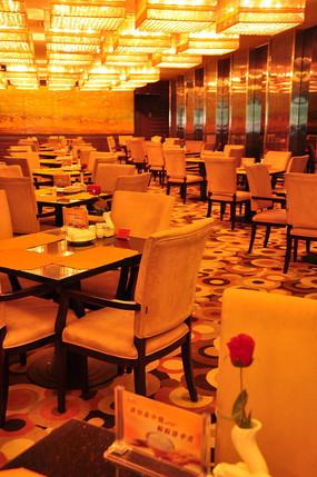 酒店豪华自助餐厅西餐厅