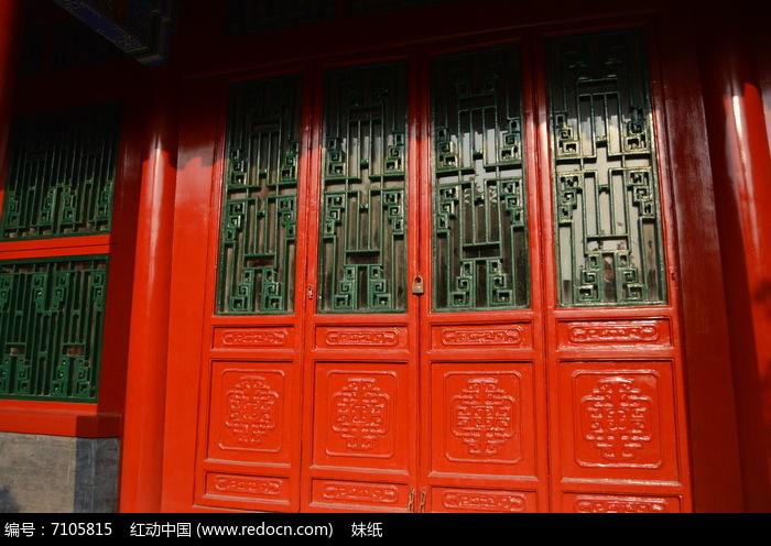 沈阳故宫古建筑廊柱门窗