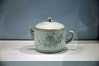 民国时期瓷茶壶