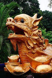 金钱龟雕像