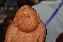 人物木雕面部特写