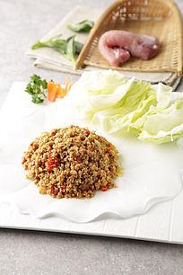 泰北辣肉生菜包