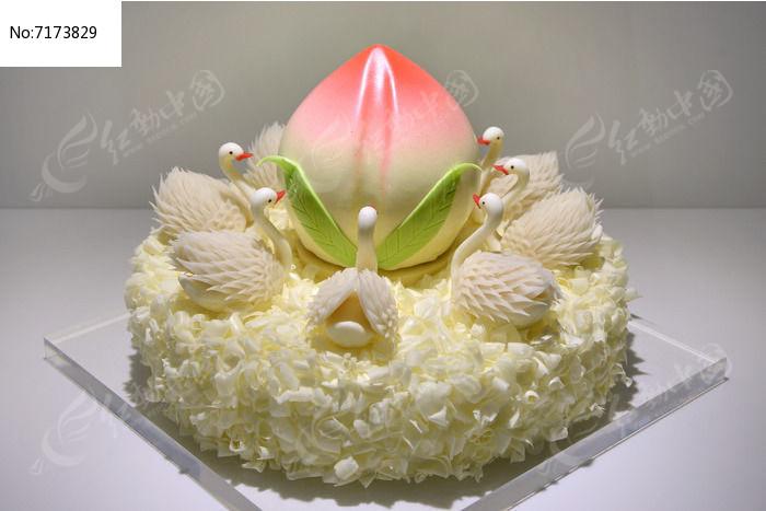 天鹅寿桃蛋糕