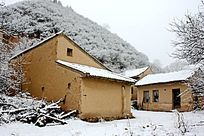 雪天农家小院