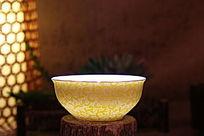 光照黄花碗