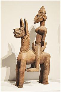 古骑士塑像