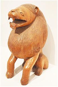 木雕非洲狮子