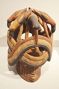 头盔艺术雕塑