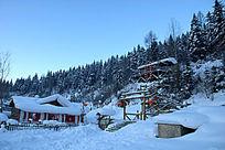 中国雪乡梦幻家园小木屋雪景