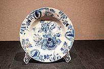 18世纪花卉纹蓝白陶碟