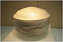 白釉划花瓷砚盒
