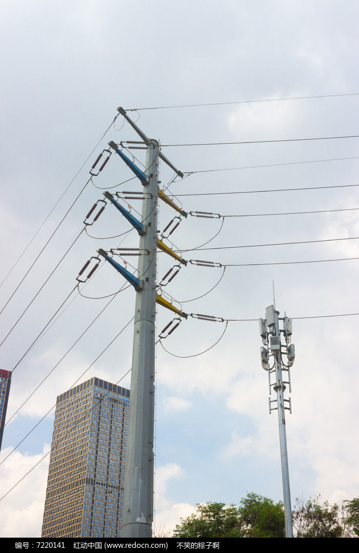 城市电线杆图片