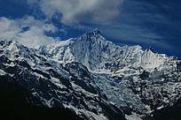 梅里雪山卡瓦博格峰明永冰川