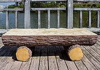 仿木雕刻石凳