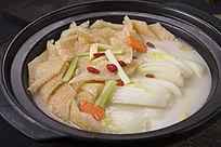 三林白菜肉皮汤