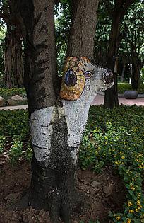 树干卡通羊绘画