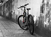 山地自行车水泥墙面背景