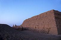 内蒙古黑城城墙局部