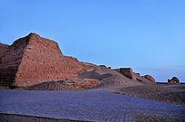 沙漠化的黑城城墙