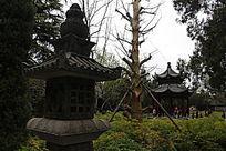 白马寺庙内小石塔风景图片