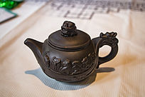 十二生肖浮雕图案茶壶