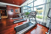 健身房健身器材跑步机高清大图