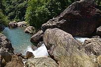 峡谷溪流山水风景图片