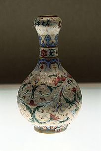 清朝珐琅彩缠枝花卉纹蒜头瓶
