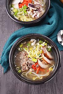 和风海鲜豆芽汤