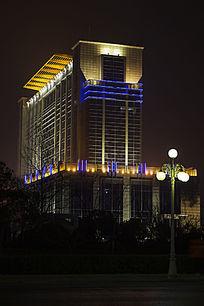 焦作市政府大厦侧面夜景