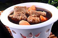 美味萝卜牛腩煲