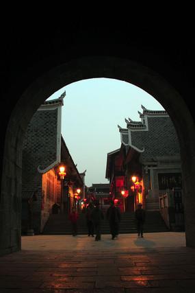乾州古城古城门洞夜景
