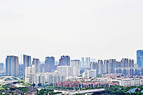 实拍远处的高楼大厦风光图片素材