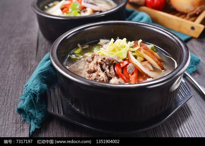 美味海鲜豆芽汤图片