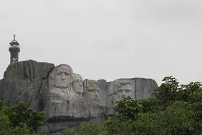 石头雕像人物