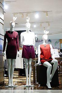时尚服装店模特