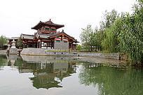 码头一角的传统建筑