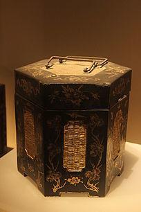 清代恒丰款黑漆描金提食盒