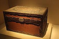 清乾隆黑漆描金编竹丝长方盒