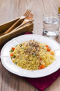 招牌玉米豌豆炒饭