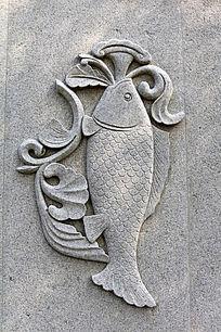 鱼花朵图案