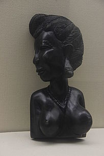 女人头像木雕