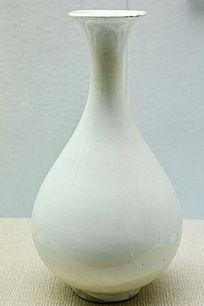元代白瓷玉壶春瓶