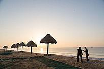 海边观看日出