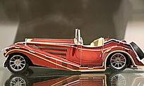红色高级小汽车模型