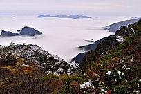 神农架秋叶和雪霜