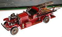 美国福特消防车阿伦斯模型