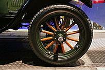 美国老爷车福特T型轮胎