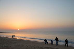 海边看日出