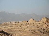 荒漠的雅丹地貌
